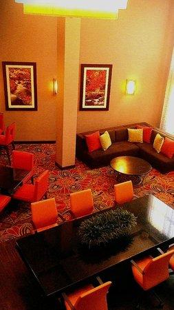 Welk Resort Branson: This is the lower lobby of the Welk Resort Hotel in Branson