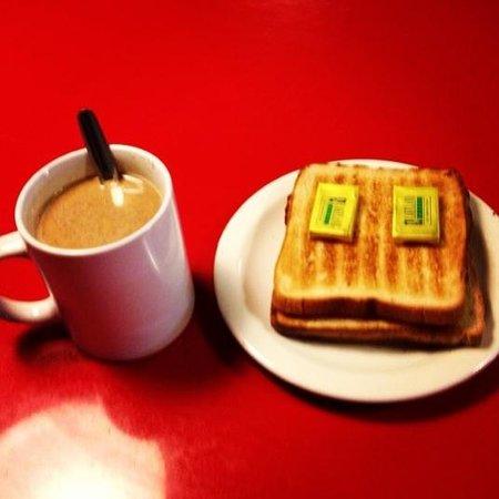 Clink261 Hostel : Free breakfast