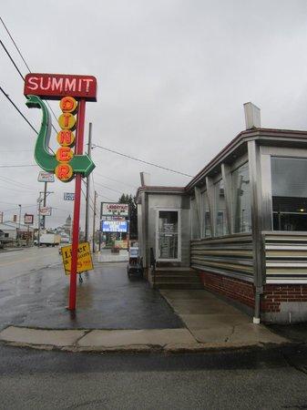 Summit Diner Neon Sign