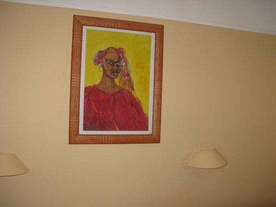 Hotel Bellevue: Scary artwork!