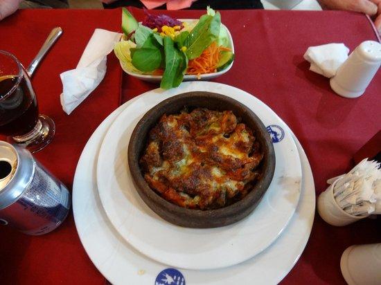 Cankurtaran Sosyal Tesisleri: Topkapi 'casserole' was hearty and good.