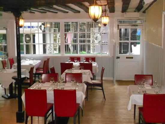 No7 Restaurant & Bar: Interior