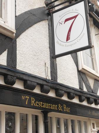 No7 Restaurant & Bar: Exterior
