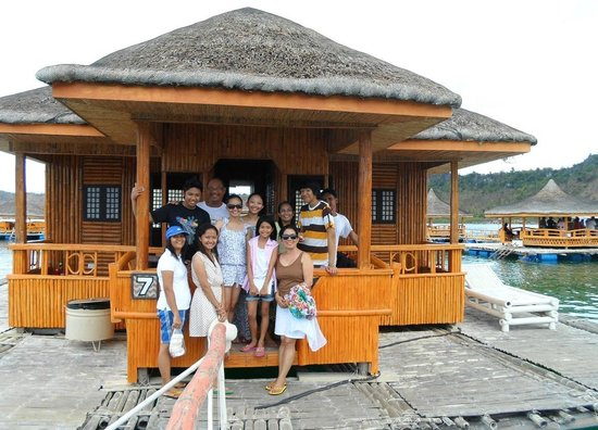 Grace Island: group picture