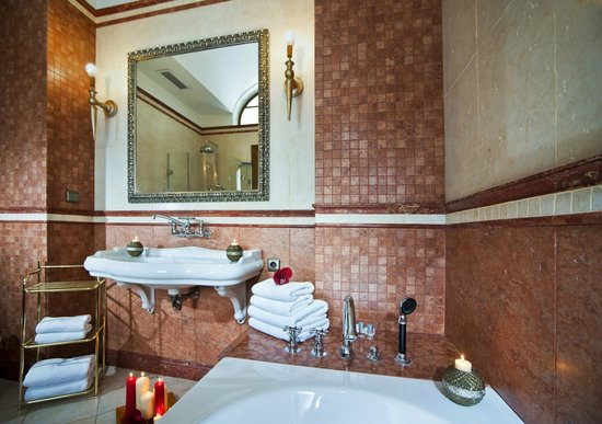 Bathroom with jacuzzi picture of malostranska residence for Malostranska residence tripadvisor