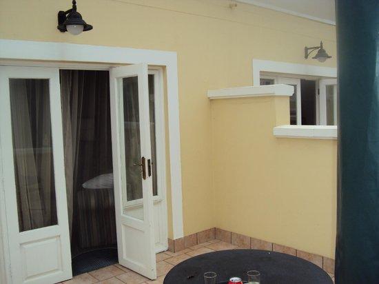 سواكوبموند هوتل: Balcony