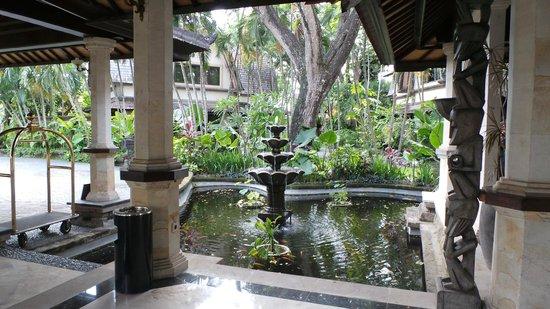 Hotel Vila Lumbung : entrance