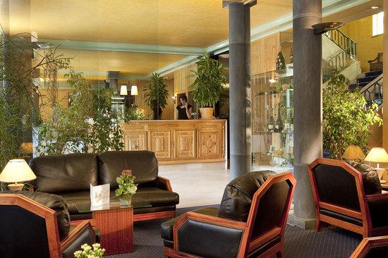 hotel d 39 angleterre ch lons en champagne france voir les tarifs et 68 avis. Black Bedroom Furniture Sets. Home Design Ideas