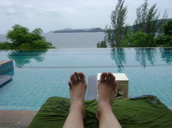 Aquamarine Resort & Villa: knockout pool