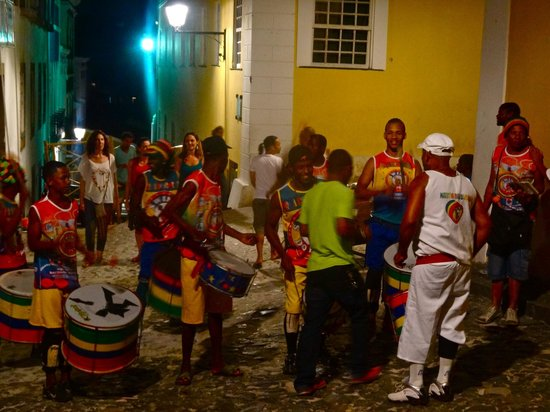 Traveling With Leo Day Tours: Tuesday evening in Pelourinho with Leo