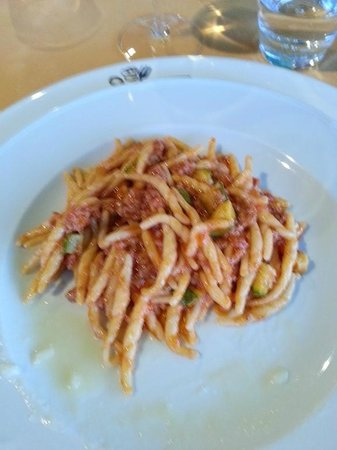 La Cantina dei Sapori: trofie salsiccia e zucchine