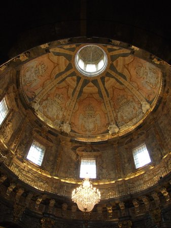 Santuario de Loyola : L'interno della cupola e della lanterna
