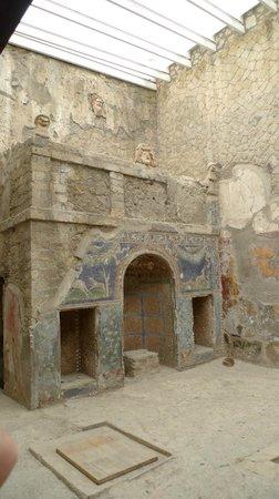 Mercure Napoli Angioino Centro: Villa in Herculaneum