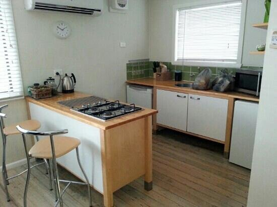 Healesville Apartments: kitchenette - completely eqipped