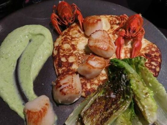 Brasserie Francotte : Scallops, scampi, goat cheese pancake and pea cream