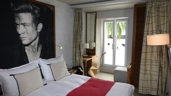 Riva Yacht Harbour Hotel: Bedroom
