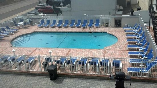 Starlight Motel & Luxury Suites: New Pool Area
