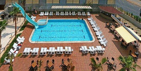 Grand Akca Otel: Erkekler Havuzu / Swimming Pool for Male
