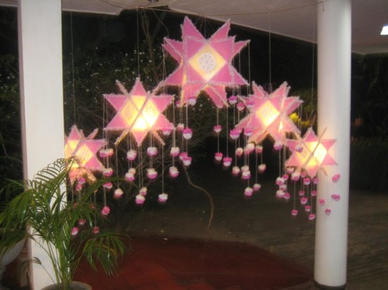 Palm Village Hotel: Vesak lanterns
