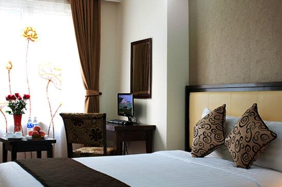 Hue Serene Palace Hotel: getlstd_property_photo