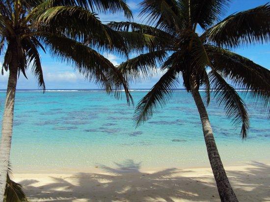 Sands Villas: Our beach