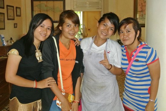 La Villa Battambang: Some of the sensational staff