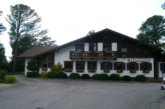 Bavarian Inn Lodge & Restaurant: The Bavarian Inn