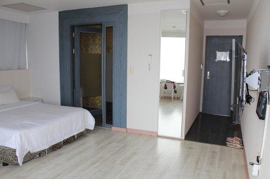 Viajante Navi Hotel: 角部屋