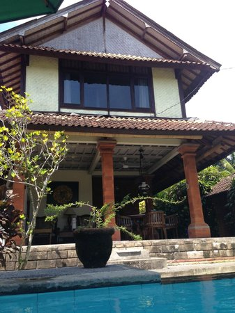 Bali Breeze Bungalows: the main house