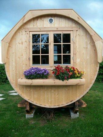 Viva camp la Grappe Fleurie : Barrel - chambres tonneaux