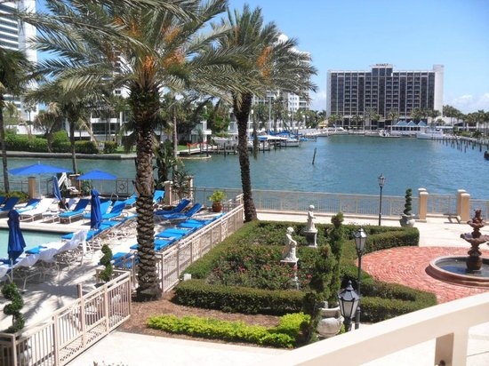 Welcome picture of the ritz carlton sarasota sarasota for Ritz carlton sarasota
