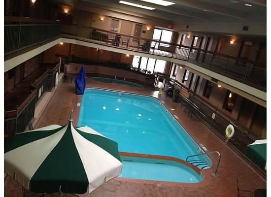 Auburn Place Hotel Suites Pool