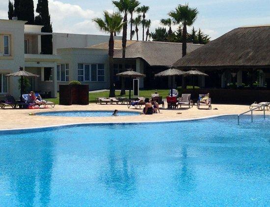 Foto de hotel vincci costa golf chiclana de la frontera for Piscinas chiclana