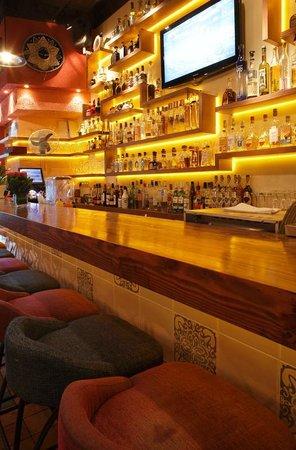 Cantina Agave: bar