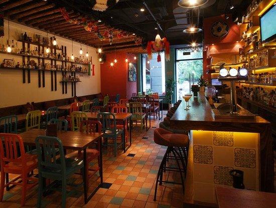 Cantina Agave: main dining