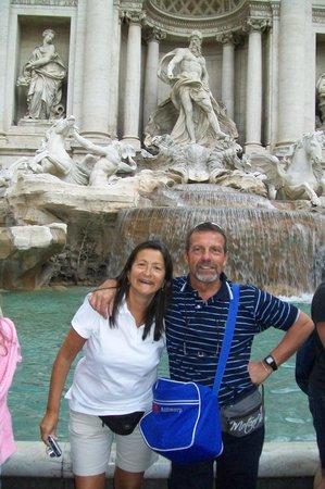 Espana Hotel: en la fontana de trevi el año anterior