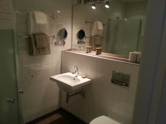 Hotel Villan, BW Premier Collection : flott wc