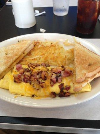 C's Waffles: Omlet