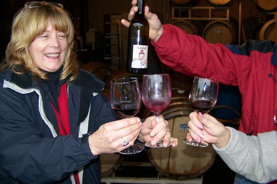 Hood River Winery Tours: marshals winery