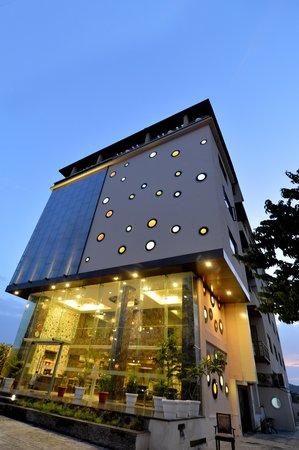 Udaipur Hotels 3 Star Q HOTEL (Udaipu...