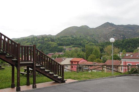 Apartamentos Aldea del Puente: Vista para as montanhas