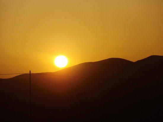 Ksar Bicha: Sonnenaufgang vom Fenster aus