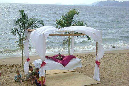 Cabo Blanco Hotel: Restaurante y Club de Playa Mar y Tiera