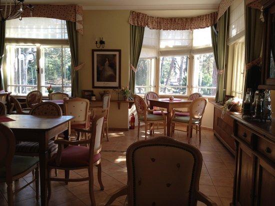 Prijemne misto - recenzia zariadenia Elizabeth Caffe   Restaurant ... f5e385b7af0