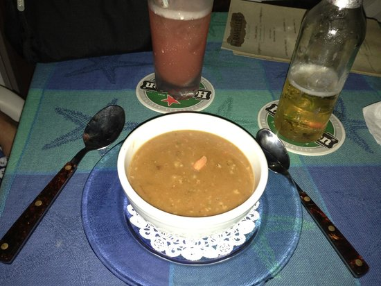 Traveller's Restaurant: The Awesome Conch Chowder