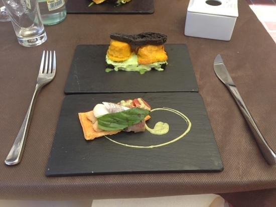 Restaurante Amalia: Les deux premières pour une mise en bouche...