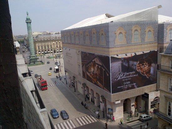 Hotel Lotti Paris: foto desde la ventana del lotti