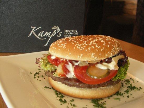 Kamp's Bistro Lounge Bar: Hausburger
