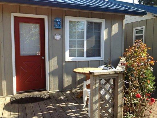 Inn at Haystack Rock: Cottage room 6