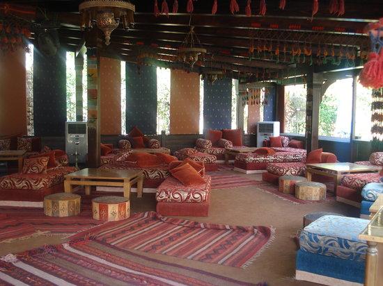 Grand Pyramids Hotel: Shisha area